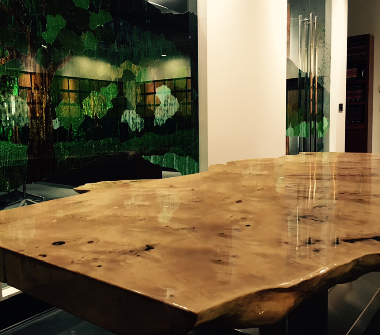 The finished slab is now mounted as a beautiful table.